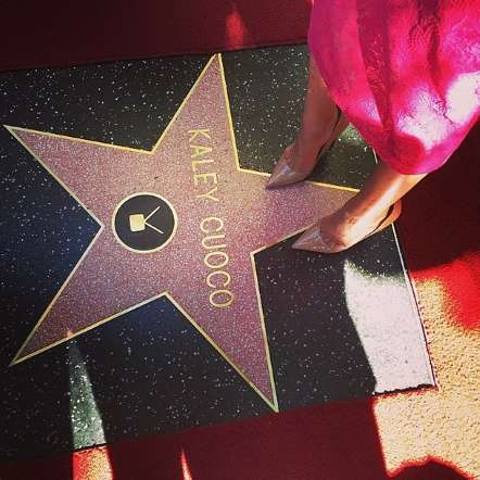 kaley cuoco walk of fame (1)