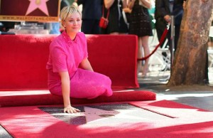 kaley cuoco walk of fame (3)